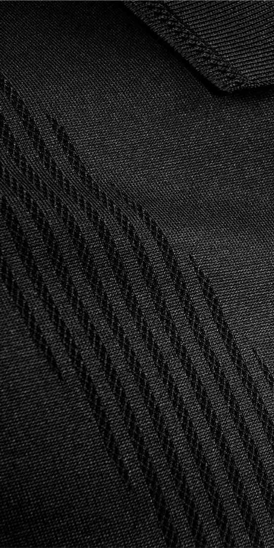 bodymapping polo closeup black