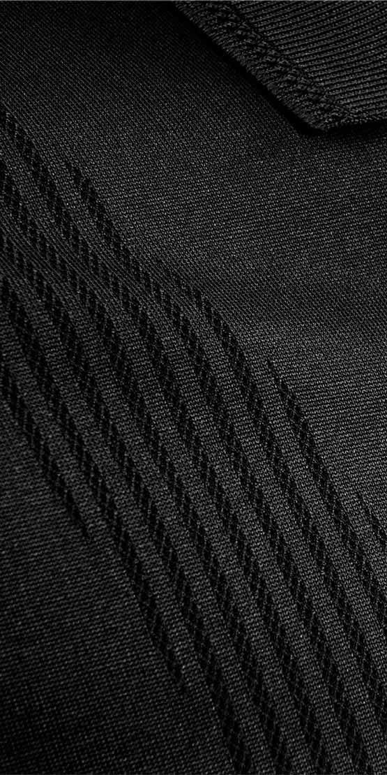 bodymapping polo closeup black